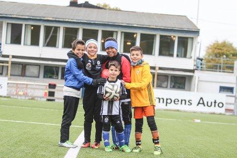 Philip Stray Dørdal (11) Theodor Glad Jansen (11), Noah Akogyeram (10) og Daniel Jaf (10). Foran: Dario Jaf (6).