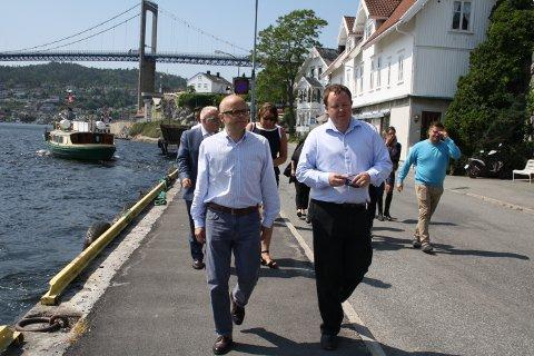 Klima- og miljøminister Vidar Helgesen møtte porsgrunnsordfører Robin Kåss også i juni i år da statsråden besøkte Norcem og Brevik.