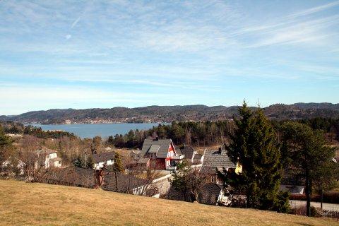 Utsikten fra Brentåsvegen, Ørvikåsen