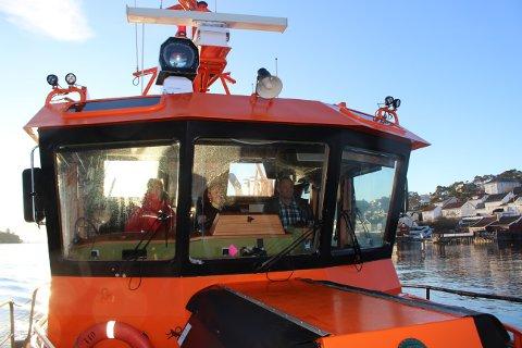 Losbåten er i aktiv tjeneste fra Langesund losstasjon hele døgnet også i jule- og nyttårshelgen. Ombord er Terje Valmestadrød losbåtfører ansatt i Buksér og Berging.