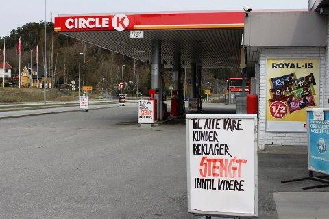 ROT: Mye rot ved Circle K-stasjonen på Skjelsvik.
