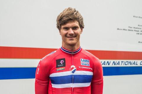 Syver Westgaard Wærsted har imponert i Frankrike. Hovenga-gutten har hjulpet Kristoffer Halvorsen til én etappeseier i Tour de l'Avenir.