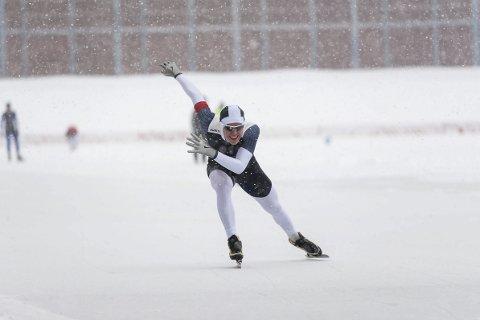Daniel Thuv Eriksen (17) kom hjem fra landsmesterskapet i skøyter  på Valle Hovin med to bronsemedaljer. Foto: Eivind Flensborg