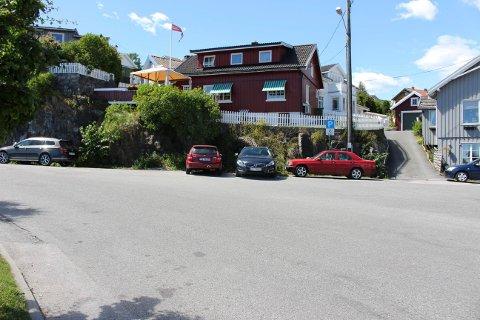 Det er laget ny skiltplan for parkering i Vikingbukta ved fergeleiet.