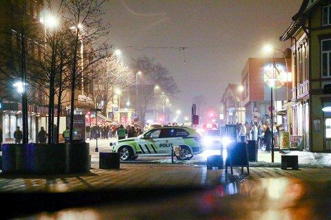 POLITI: Ikke ofte å se politi gatene i Porsgrunn.