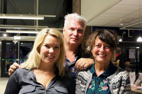 Marta Breen, Per Erik Buchanan Andersen og Astrid Borchgrevink Lund under åpningen av Porsgrunn litteraturfestival.