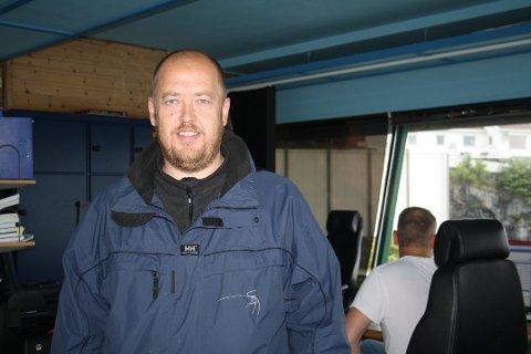 Sjøtrafikksentralsjef Per Einar Johnsen sier at de ansatte ved Sjøtrafikksentralen i Brevik har ekstra fokus mot skipstrafikken fredag kveld og natt til lørdag når det er ventet ekstremvær.