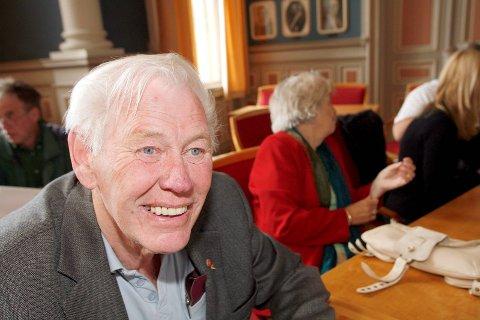 Fagforeningskjempen og Ap-politikeren Erling Bolme er død.