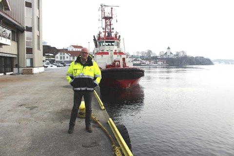 NY FERGEKAI: Havnedirektør Finn Flogstad sier at Grenland Havn foreslår kaia langsetter på Strømtangen som ny fergekai for den nye el-bilferga. Ny fergelem kan bygges øst mot Englandsbrygga. Det vil fortsatt være plass til taubåtene fra Buksér og Berging i forlengelsen av kaia.