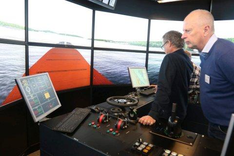 SKIPSLED: Losoldermann Geir Eikeng kjørte ferled-simulator.
