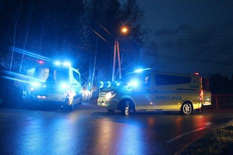 Alle nødetatene rykket ut til crosserulykken ved Bjørkedalsvegen.