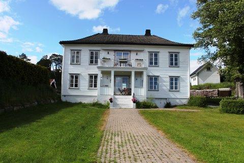Fagerheim hovedhus i Langesund er til slags til en prisantydning på 15 millioner kroner.