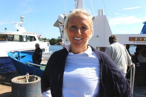 Camilla er sertifisert maskinist og kystskipper. Hun vil gjerne ha jobb på ei ferge på Vestlandet, slik at hun kan få fartstid til å bli skipsfører.