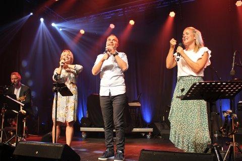Søsknene Økland fra Randaberg i Rogaland består av Aina Økland Schøld, Kjetil Økland og Merete Økland Espedal. Bla med pilen til høyre midt på dette bildet, og du vil se flere andre bilder knyttet til denne artikkelen.