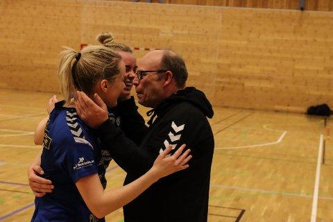 Jens Kåre Aasen, Maren Troøyen og Miriam Svele Larsen.