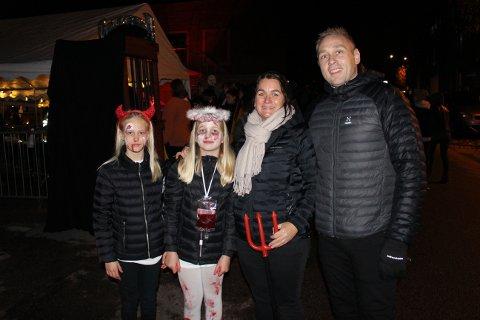 Fra venstre: Andrine Holte Aas kom sammen med Sandra, Kristin og Alexander Øygarde. De var skikkelig imponert.