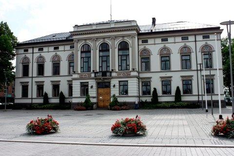 Porsgrunn kommune har i likhet med Skien bestemt at alle ansatte i hjemmetjenesten må gå med munnbind fram til 2. desember.