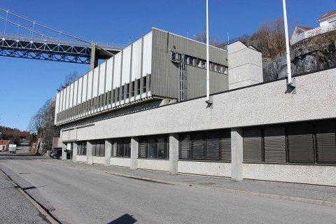 Diplom-Is-eiendommen i Brevik er på 11.000 kvadratmeter med kontorer, produksjonshall og fjellager. Eiendommen er nå solgt til Stavern-selskapet Smartere Invest AS.