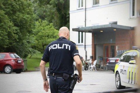 Pågrepet: To menn i 20-årene er pågrepet siktet for voldtekt av en kvinne i boligblokk i Porsgrunn natt til søndag. Påtaleansvarlig Siv Kvamsdal utelukker ikke at de kan bli sittende i varetekt mens etterforskingen pågår. Foto: Theo Asland Valen