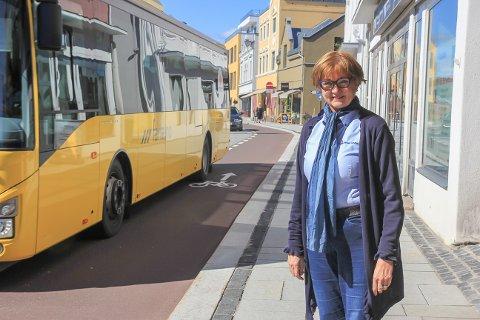 STRYK: Porsgrunns nye miljøgåte gis stryk av Brita Straume, leder i Trygg Trafikk Telemark. – Jeg har ingen problemer med å bli «upopulær» om det gjør det tryggere.