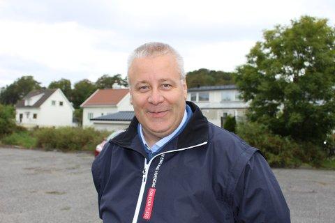 Bård Hoksrud i FrP mener innstillingen fra kommunedirektøren foreslår en eiendomsskatt som blir svindyr for de som eier bolig i Bamble.