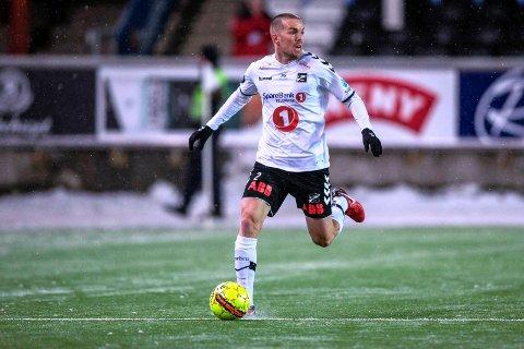 VIL TILBAKE: Espen Ruud trener syv timer om dagen for å komme tilbake på banen.
