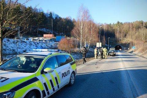 Tre biler var involvert i kjedekollisjonene mellom Vabakkentunnelen og Frednesbrua lørdag ettermiddag.