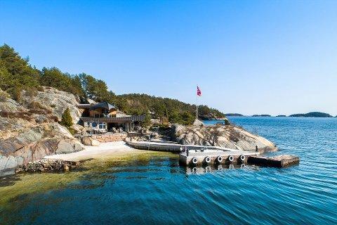 SOLODDEN: Ferieparadiset til Bent Jacobsen ligger cirka 15 minutter med båt fra Jomfruland.