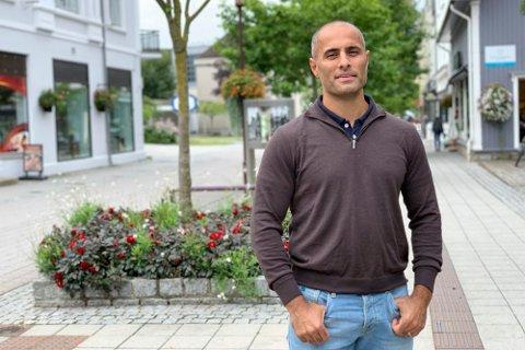 HØYRE-POLITIKER: Mahmoud Farahmand.