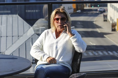 Ap 1:  Janicke Andreassen forstår ikke at Skien lar være å følge faglige råd. Partikollega i Skien svarer med å vise til folkestyret.