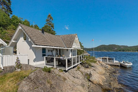 5,25 MILL: Fritidsboligen på Sandøya gikk for 5,25 millioner kroner.