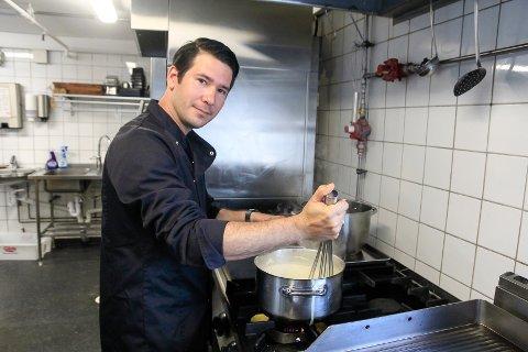 I SITT RETTE ELEMENT: Pedro Perez Vento (32) omtaler kjøkkenet, uansett hvor, som sitt andre hjem.