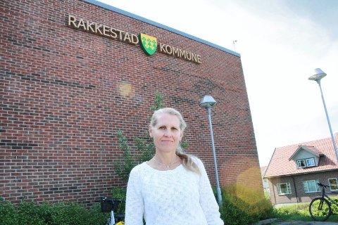 VIKTIG PÅMINNELSE: Kommuneoverlege i Rakkestad, Astrid Rutherford, ber innbyggerne være ekstra påpasselige i dagene som kommer.