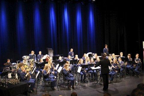HOLDT KONSENTRASJONEN: Under dirigent Vidar Eilertsen spilte Rakkestad skolekorps seg fram til seier.