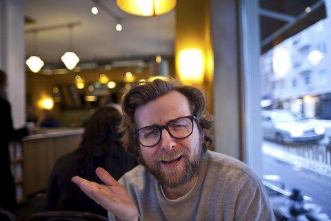 """VANT TO PRISER: Rakkestad-komikeren Martin Beyer-Olsen dro i land to priser under """"Humorprisen""""."""
