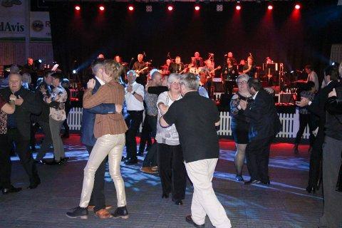 Dansegulvet: Festdeltakerne hadde 160 kvadratmeter å svinge seg på.