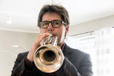 KORPSSJEF: Thor-Olav Fjellhøi er daglig leder for Norges Musikkorps forbund Øst. I 1988 var han første raksting som fikk tildelt kulturstipend av Rakkestad kommune.