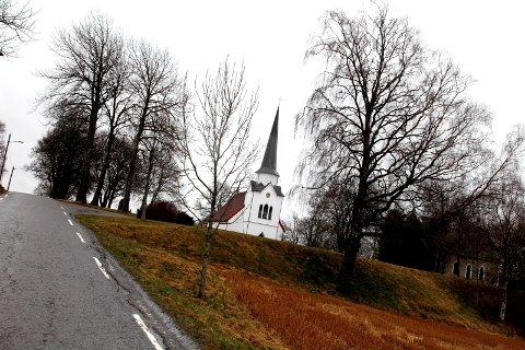 KIRKEBESØK: I løpet av fjoråret var det 9.421 gjester på Gudstjenestene i Rakkestad kommune. Det er en vekst fra året i forveien. Illustrasjonsbilde
