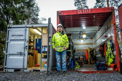 Prosjektleder Alexander Adriansen synes det er trist at folk stjeler verktøy på byggeplasser.
