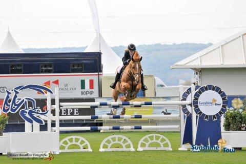 Ny seier: Maria Louise Kingsrød har hatt hesten Urioso de Laume et halvt år. Foto: Moisés Basallote