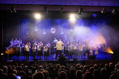 Rakkestad skolekorps leverte konsert med mye god musikk og rene toner.