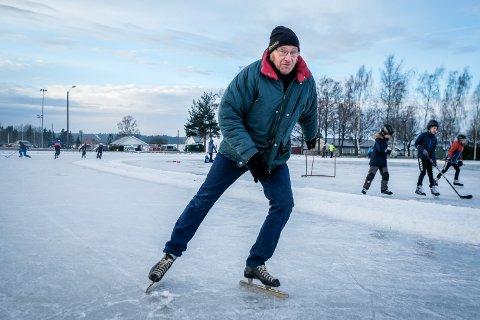 Terje Holene gjorde comeback på skøytebanen etter mange års fravær. Hans ballangrud-skøyter holder fortsatt den dag i dag.