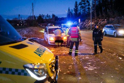 Trafikkulykke på fylkesvei 111 ved Rudskogen.