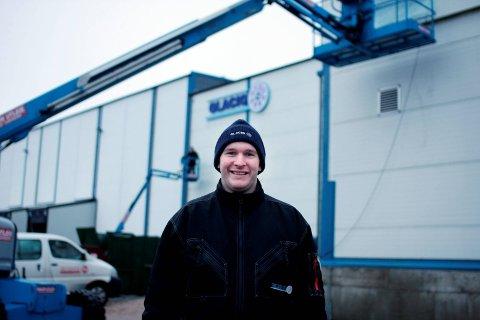 Tomt: Daglig leder Christian Solberg i Glacio Rakkestad kan fortelle at saue-lageret er tømt.