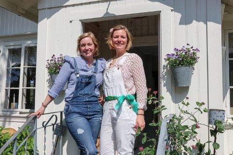 JOBBER: Maria Hereid Kristiansen (t.h.) stiller opp på markedene til Stine Bjørnstad, og kaller seg en Blom-pike.