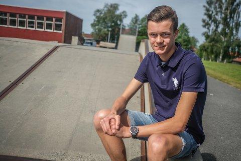 HØYT SNITT: Even Storeheier (19) fikk et karaktersnitt på 5,84 på vitnemålet fra Mysen videregående skole.