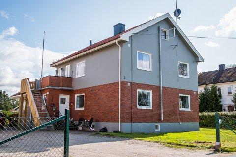 SOLGT: Spurveveien 3  er solgt for kr 3.000.000 fra Anders Degnes og Hege Alice Gjerberg Degnes til Nils Meinert Pedersen 23.08.2019.