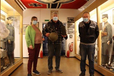 Gjenåpner: Anne Lise Lien, Egil Lien og Ragnar Bye fra styret i Hjemmefrontmuseet i Rakkestad, gleder seg til å åpne på søndag.