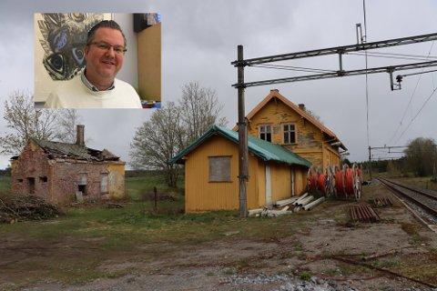 Har troen: Even H. Kaalstad (innfelt) vil jobbe for at Gautestad stasjon kan settes tilbake til fordums prakt.