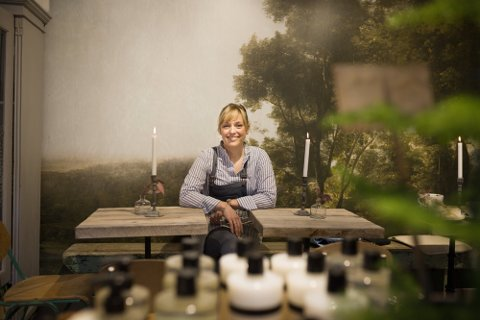 Utvider: Snart utvider Fru Blom lokalene for tredje gang. Stine Marie Bjørnstad (40) gleder seg til å komme i gang.